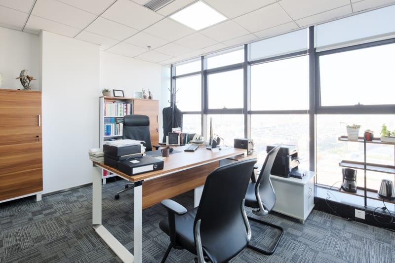funkcjonalne i estetyczne biuro
